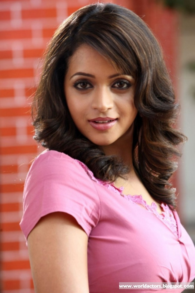 Tamil Actress Bhavana Cute Images Latest