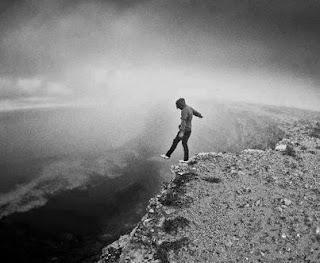 صور تعبر عن الشعور بالوحدة