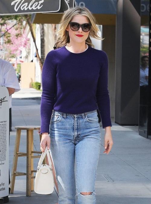 Ali Larter Sports Wide Leg Jeans: Hollywood Street Style 2013