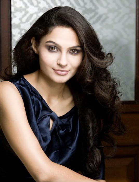 andrea jeremiah glamour  images