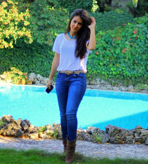 fabulous dressed blogger woman ecem