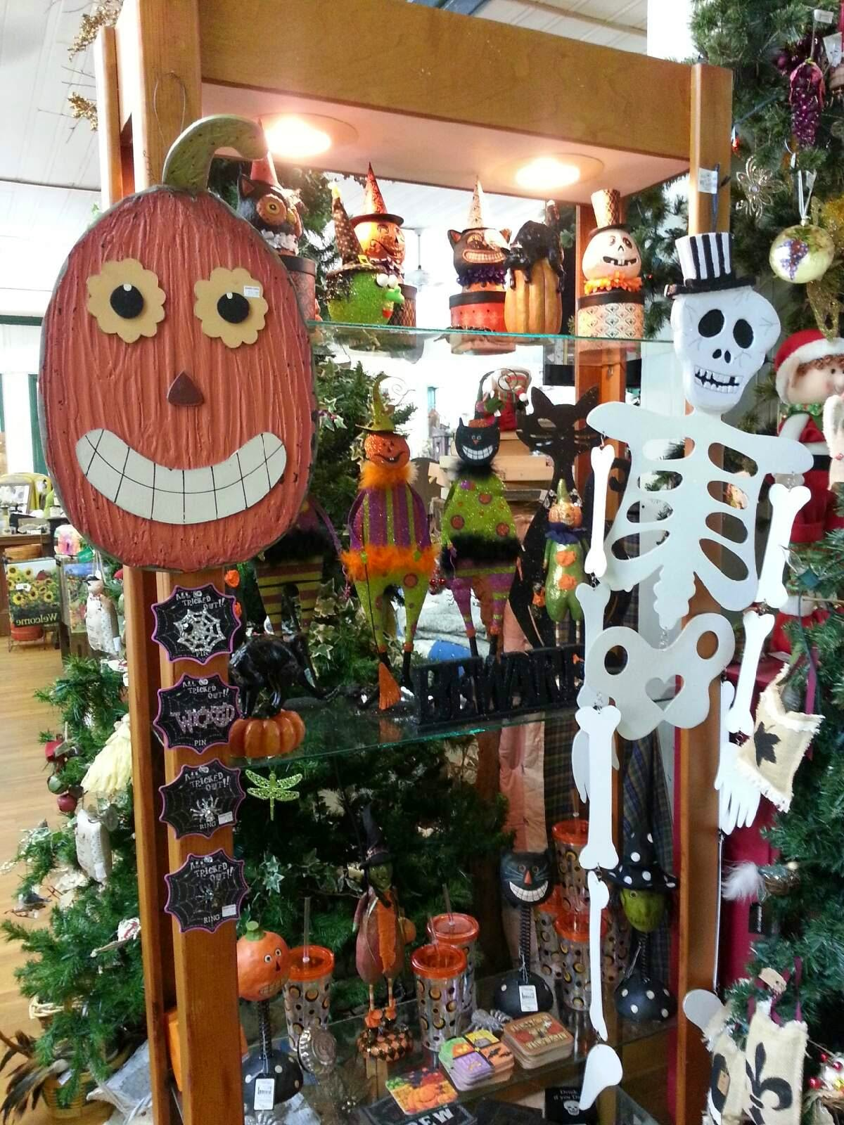 halloween + fall | dahlonega gift shop | cranberry corners