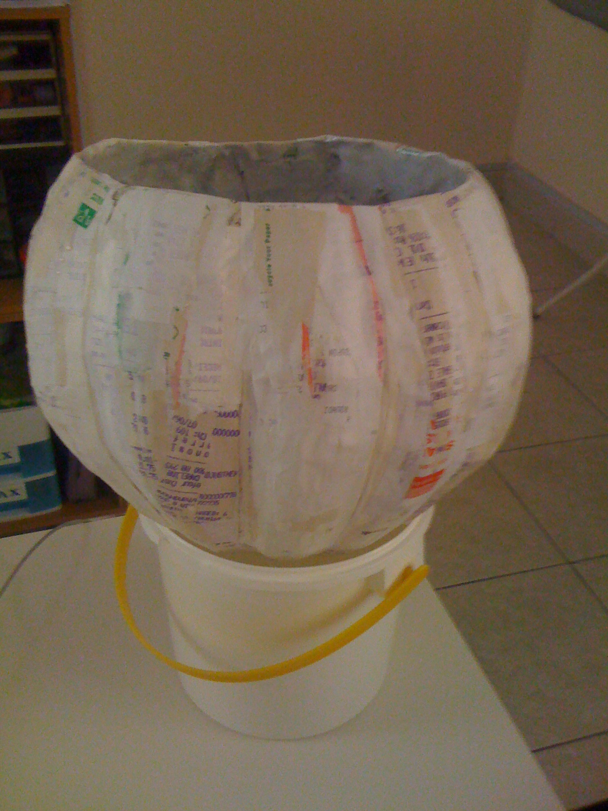Eco friendly junk makeover october 2014 for Papier mache lanterns