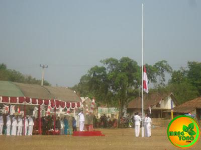 Penghormatan dan pengibaran bendera merahputih
