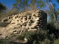 Detall de les restes de la Torrassa pel cantó de migdia