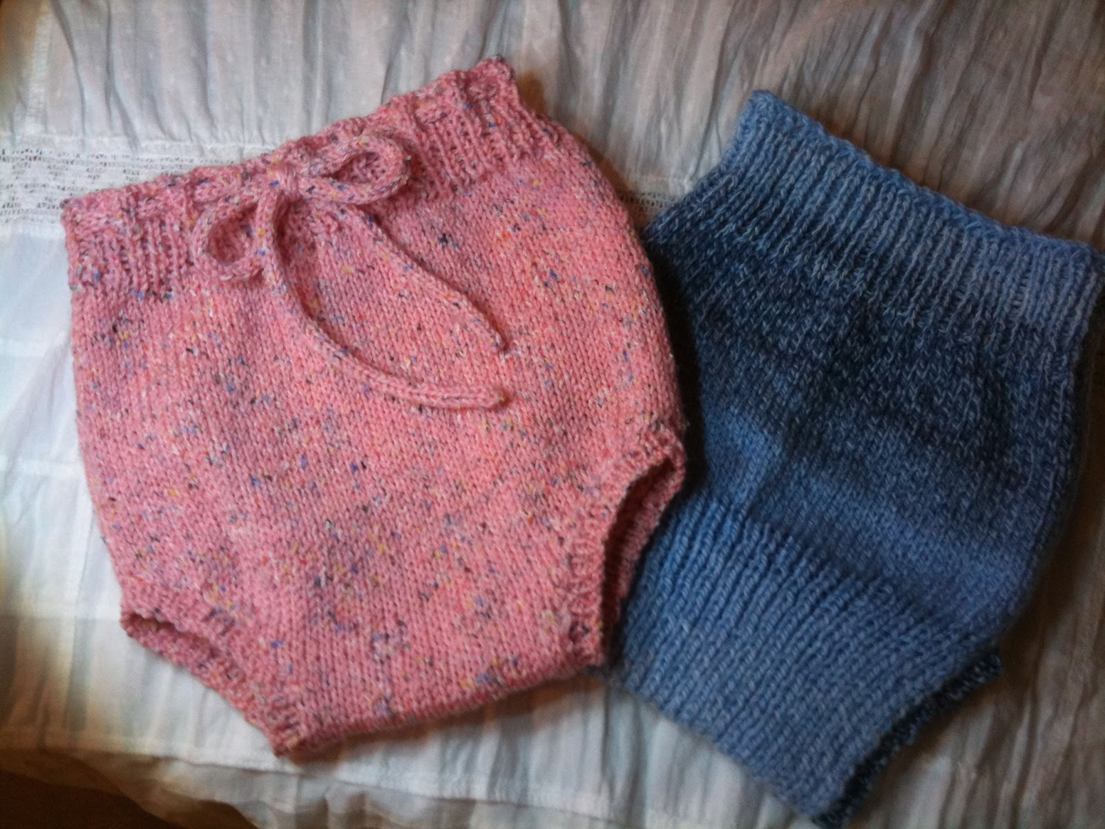 Knit Hats Pattern : Knitting is a Romantic Drama: Diaper Covers (Soakers)