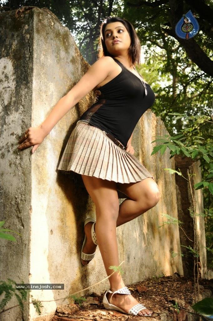 Tashu Kaushik short skirt