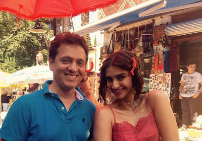 Sonam kapoor is in Turkey to shoot for music video, Dheere Dheere, with Hrithik Roshan! photos