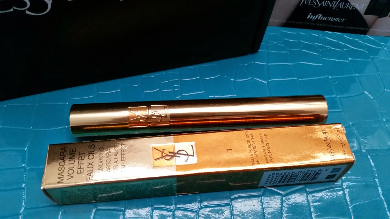 YSL Mascara Volume Effet Faux Cils outer and inner packaing