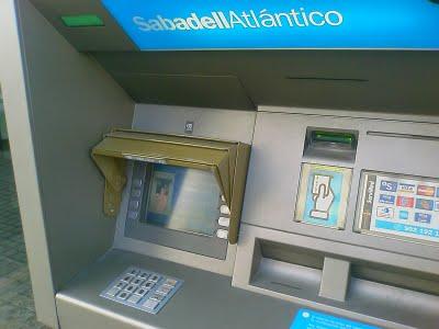 Cajeros m s usables for Banco con mas cajeros