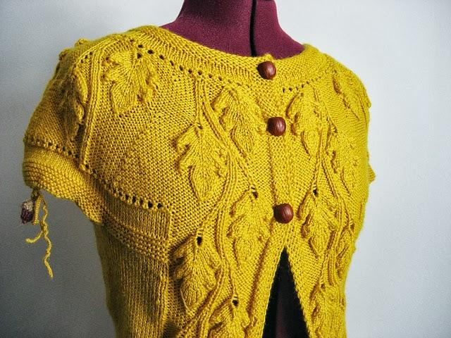 Dayana Knits: Knit a Teeny Tiny Acorn!
