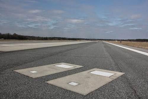 bandara dengan kuburan