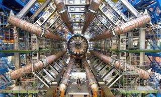 PAPA DIZ QUE O 'CERN' ABRIRÁ A PORTA DO INFERNO