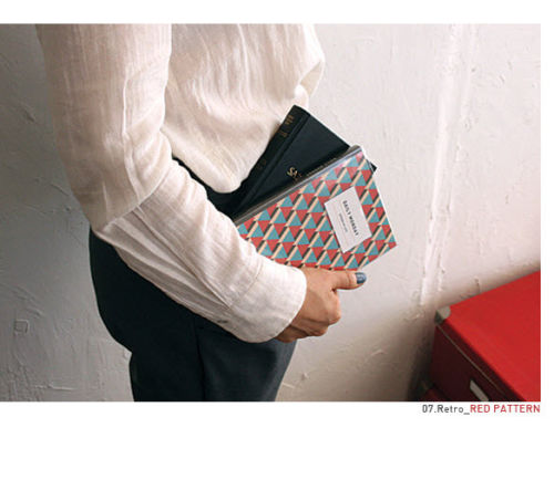 http://www.ebay.es/itm/Daily-Monday-Diary-Ver-4-Planner-Scheduler-Journal-Agenda-Notebook-Organizer-/371175583083?pt=US_Women_s_Accessories&var=&hash=item95164e0799