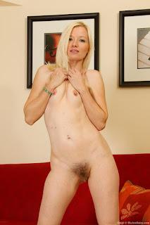 Hot ladies - rs-1_%25289%2529-750628.jpg