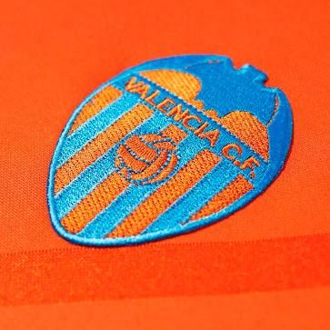 Valencia-14-15-Away-Kit+(6).jpg