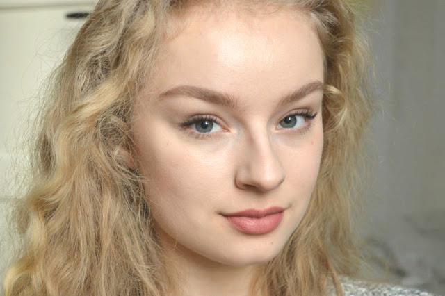 Nicolet Beauty lipstick Delano swatch