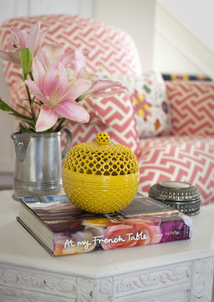It 39 S All In The Details Decorating With Books T A N