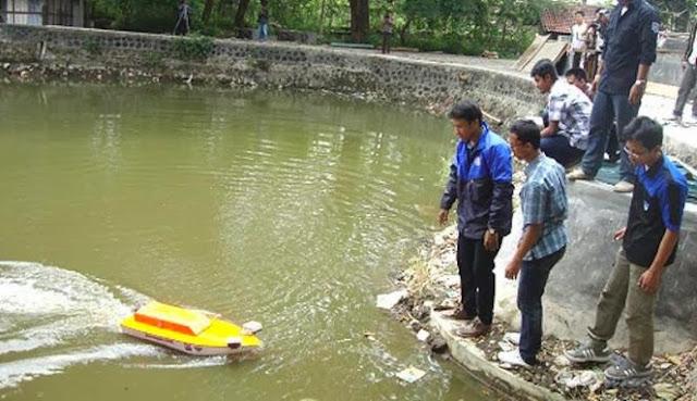 Mahasiswa UGM Ciptakan Kapal Robot Nirawak untuk TNI AL