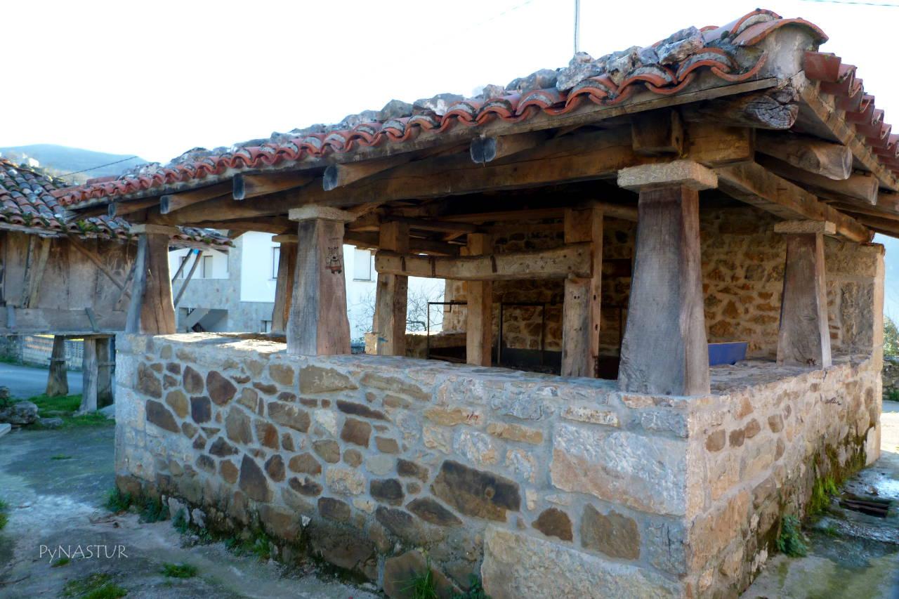 construcción típica en Pen - Amieva