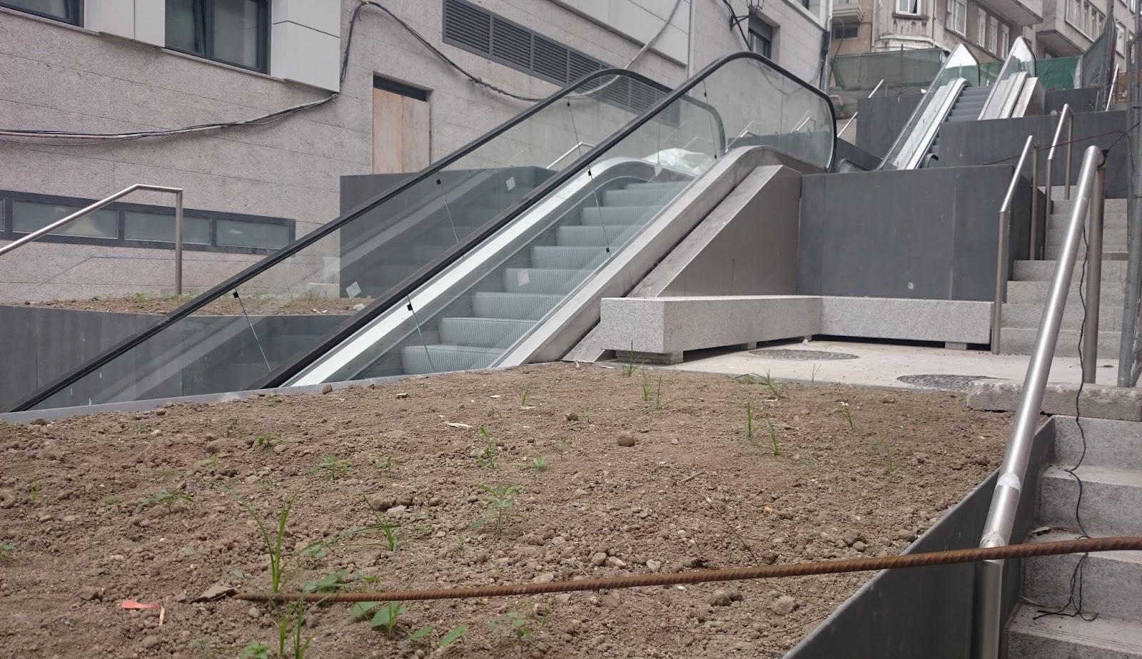 La actualidad de coru a en im genes montaje de los for Escaleras 5 tramos