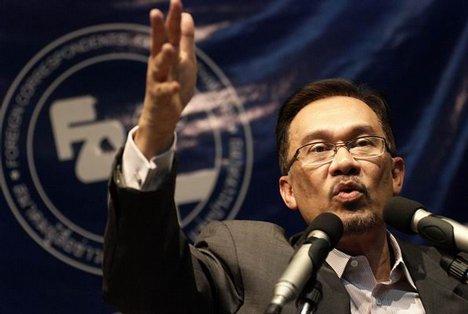 Anwar Ibrahim vehemently