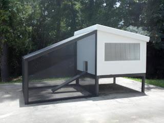 Better chicken coops for Maintenance free chicken coop