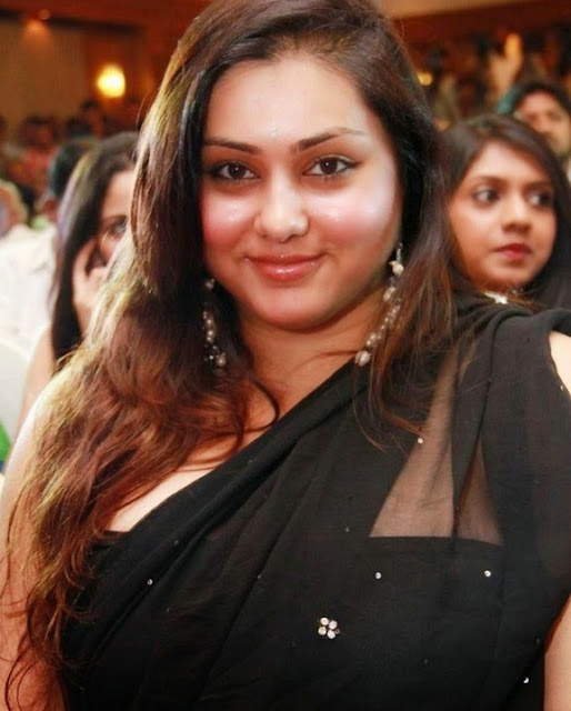 south sexy and beauty milf namitha black saree stills