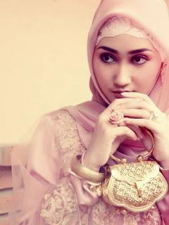 stylish cute Hijab for girls 2012 Contoh Gambar Jilbab Hijab Modern