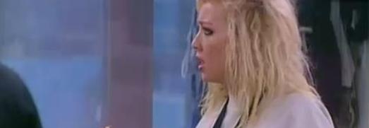 Sandra insulta Wilson e a sua mãe