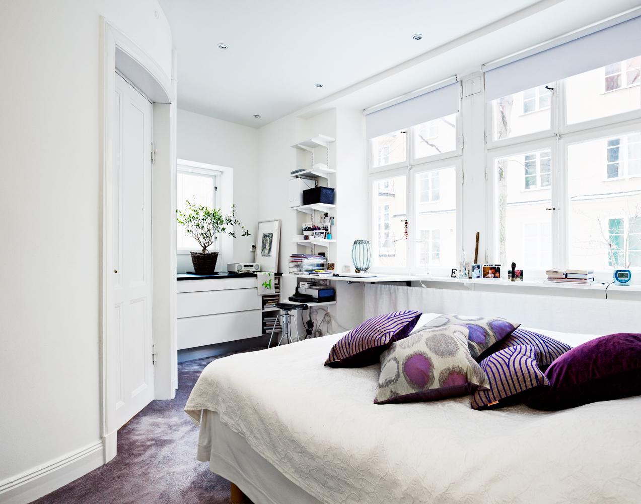 Seventeendoors: en norsk hytte o ett mässingkök