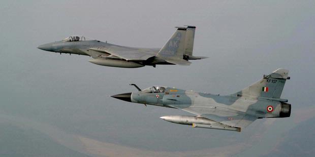 Mirage2000-F15.jpg