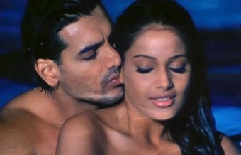 Jism (2003) Hindi Movie, Jism Full Movie, Watch Jism Movie Online, Jism HQ, Jism DVD