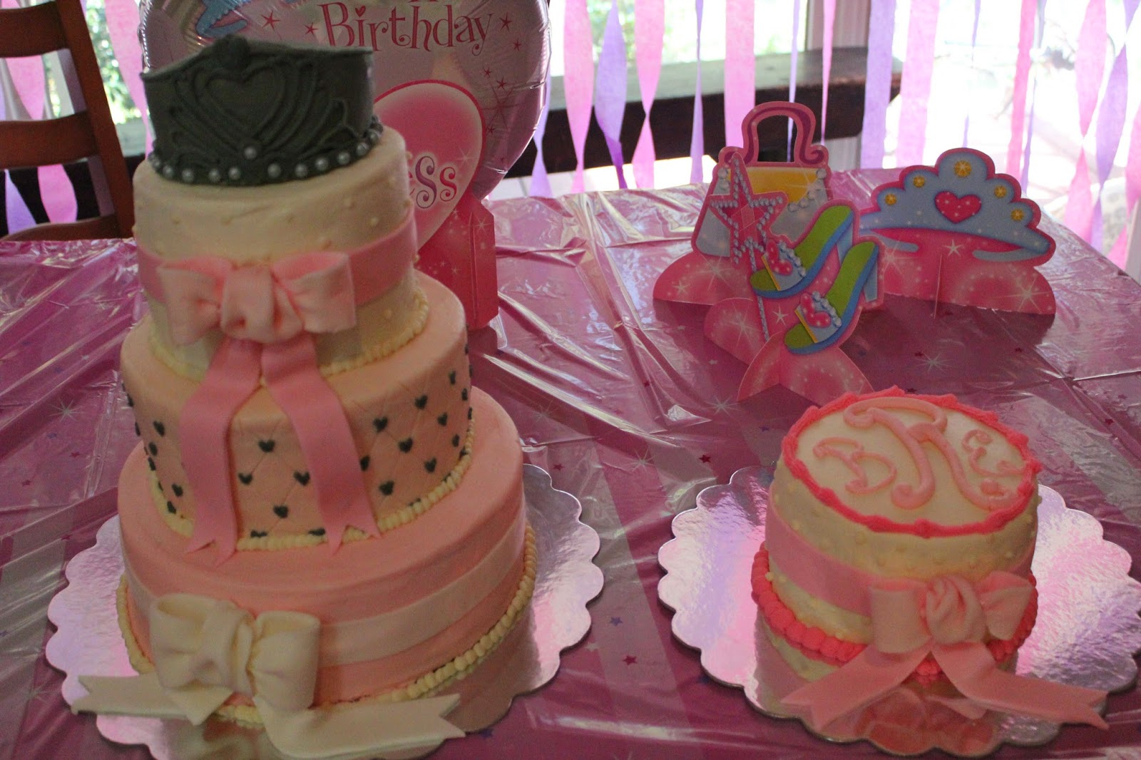 Designs By Lamuir Happy 1st Birthday Princess Cake Designs By Lamuir