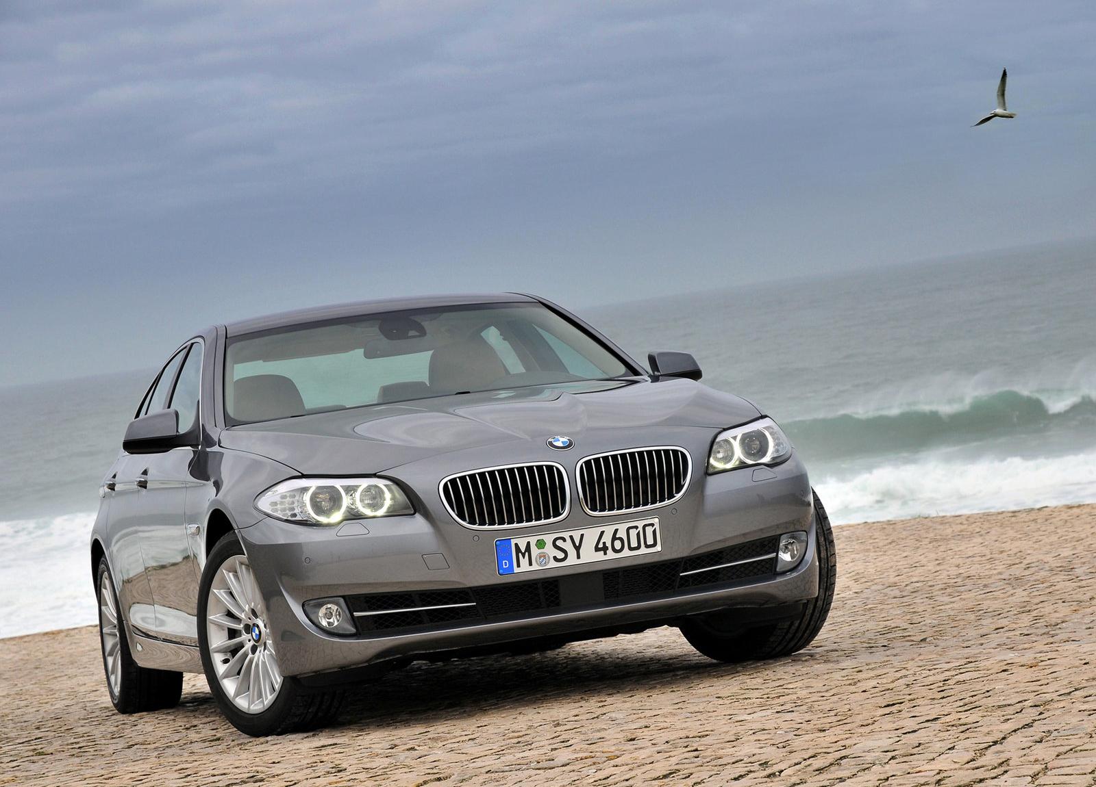 http://4.bp.blogspot.com/-efmICciu8Q0/UE33nIR9eNI/AAAAAAAAHQc/0HIwbatUSUc/s1600/BMW-5-Series_2011_1600x1200_wallpaper_0d.jpg