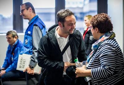 Το BMW Group υποστηρίζει 500 πρόσφυγες με κοινωνική και επαγγελματική ένταξη