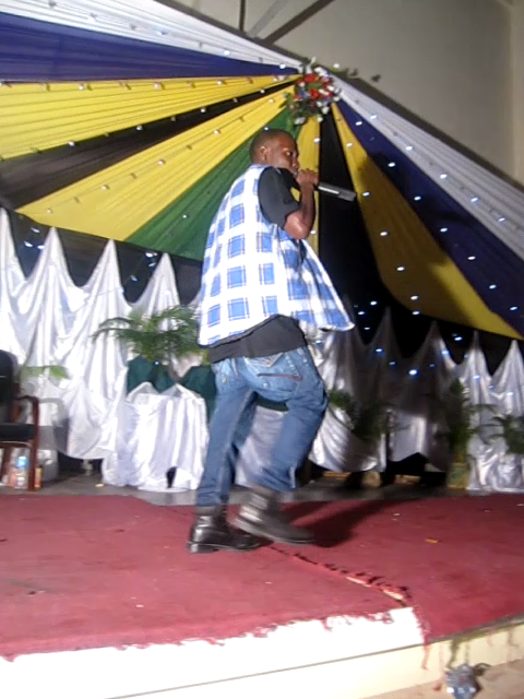 "Msanii wa mziki wa kizazi kipya Baraka Emmanuel "" King Barry Joe"