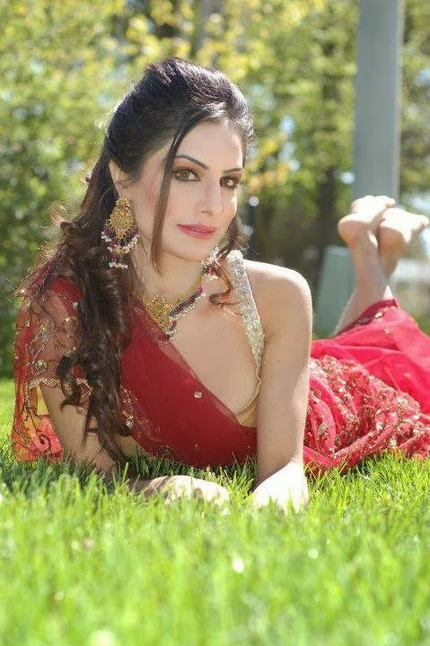 Attia Bano Pakistani Model pictures collection