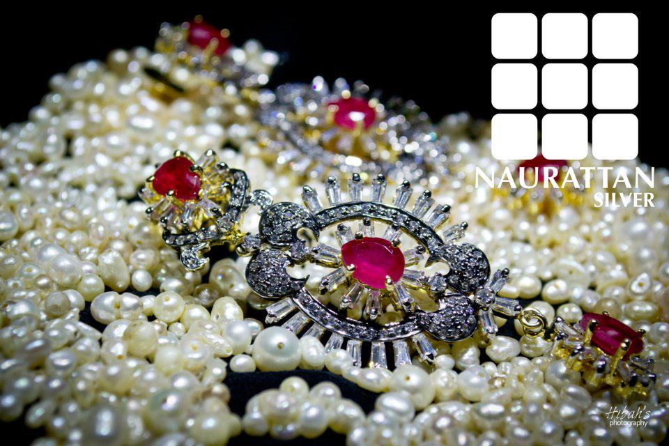 Gold and Diamond : Diamond Pearl And Stone Jewelry By Nauratan Silver