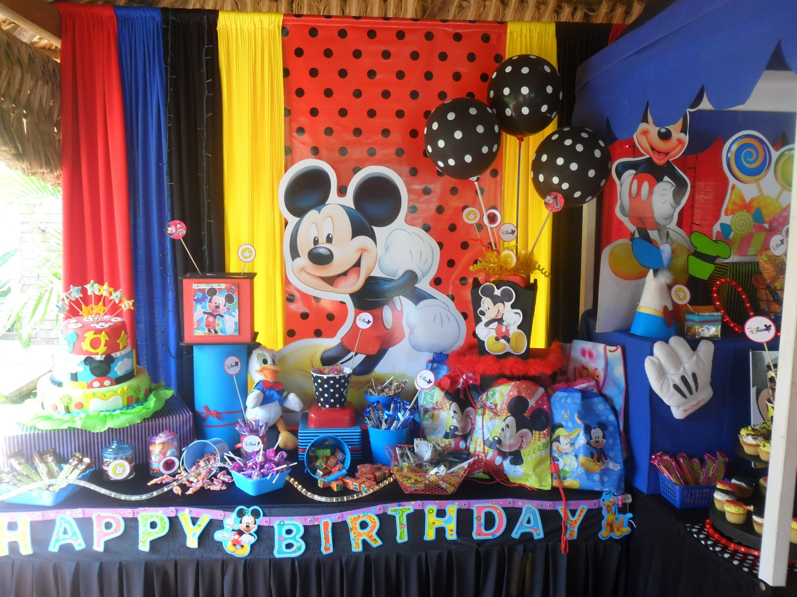 Ursula newman eventos decoracion fiesta infantil mickey for Decoracion la casa de mickey mouse