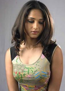 Anushka Shetty popular Indian hot and sexy Actress photos