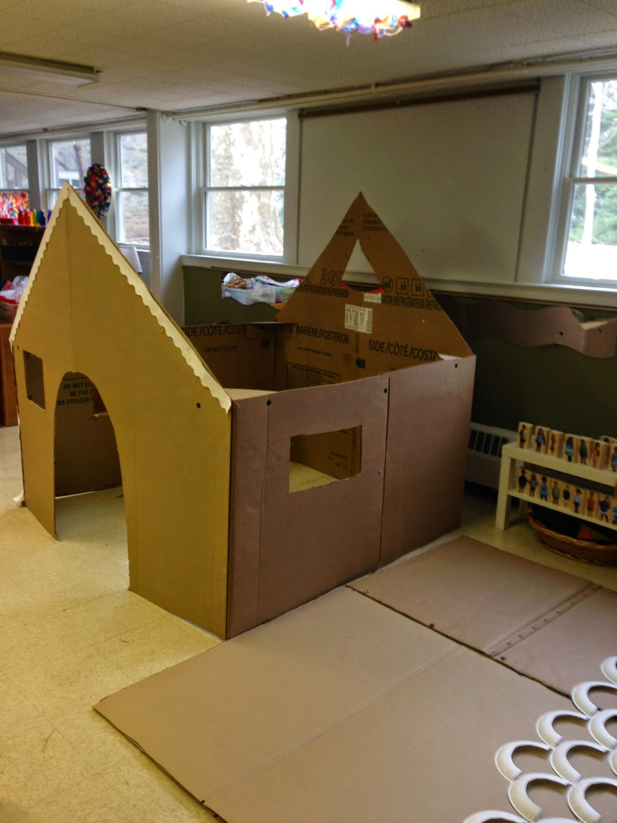 Mrs goff 39 s pre k tales our life size gingerbread house for How to make a house from cardboard box