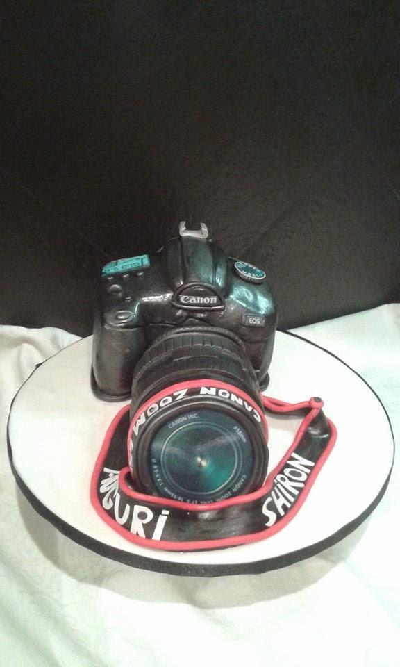 torta 3d  a forma di macchina fotografica