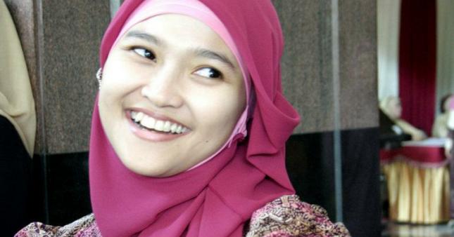 Jilbab yang Cocok Untuk Wajah Bulat | Tutorial Hijab