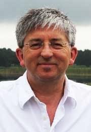 Revd Dr Stephen Sizer