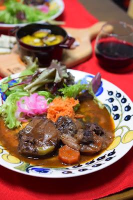 牛すね肉のワイン煮込み