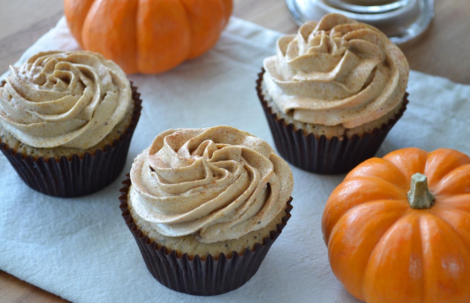 Pumpkin Spice Latte Cupcakes | Building Buttercream