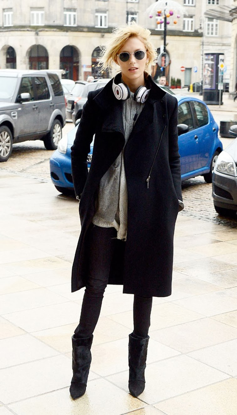 Anja Rubik model off duty street style