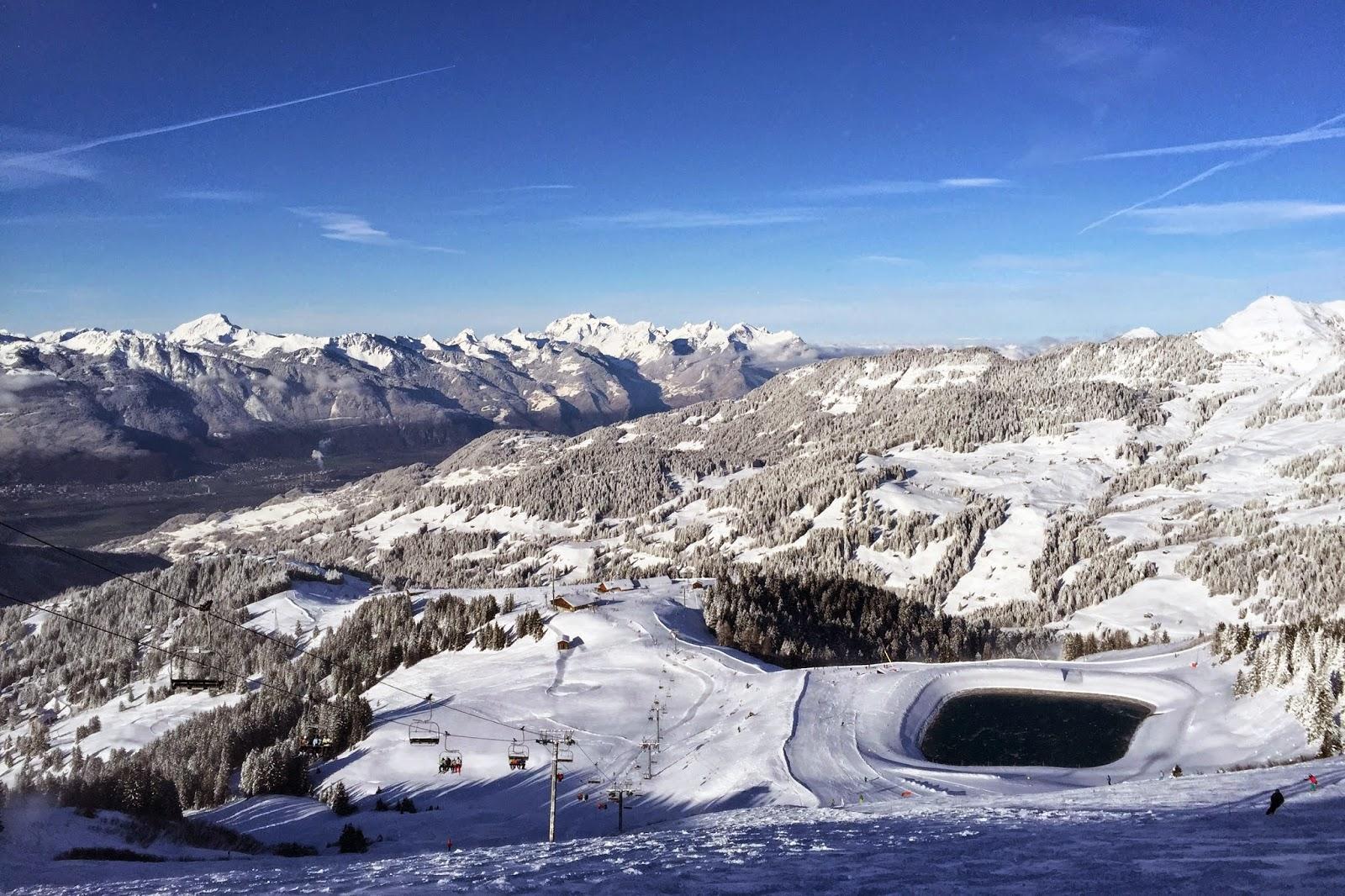 vue station ski villars parking telecabine prix precio