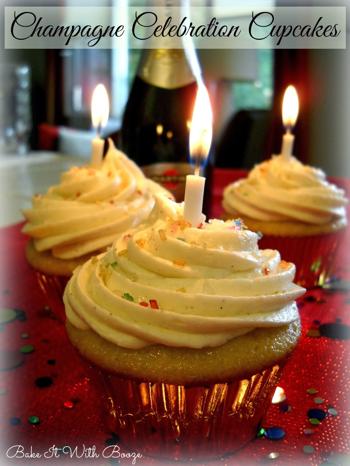 Pretty and festive: Make champagne celebration cupcakes (with vanilla champagne filling)